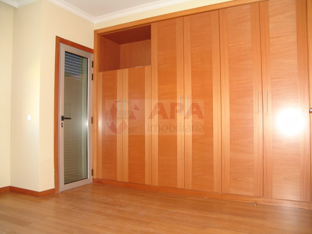 2 Bedrooms + 1 Interior Bedroom Terraced House in Vilamoura (18)