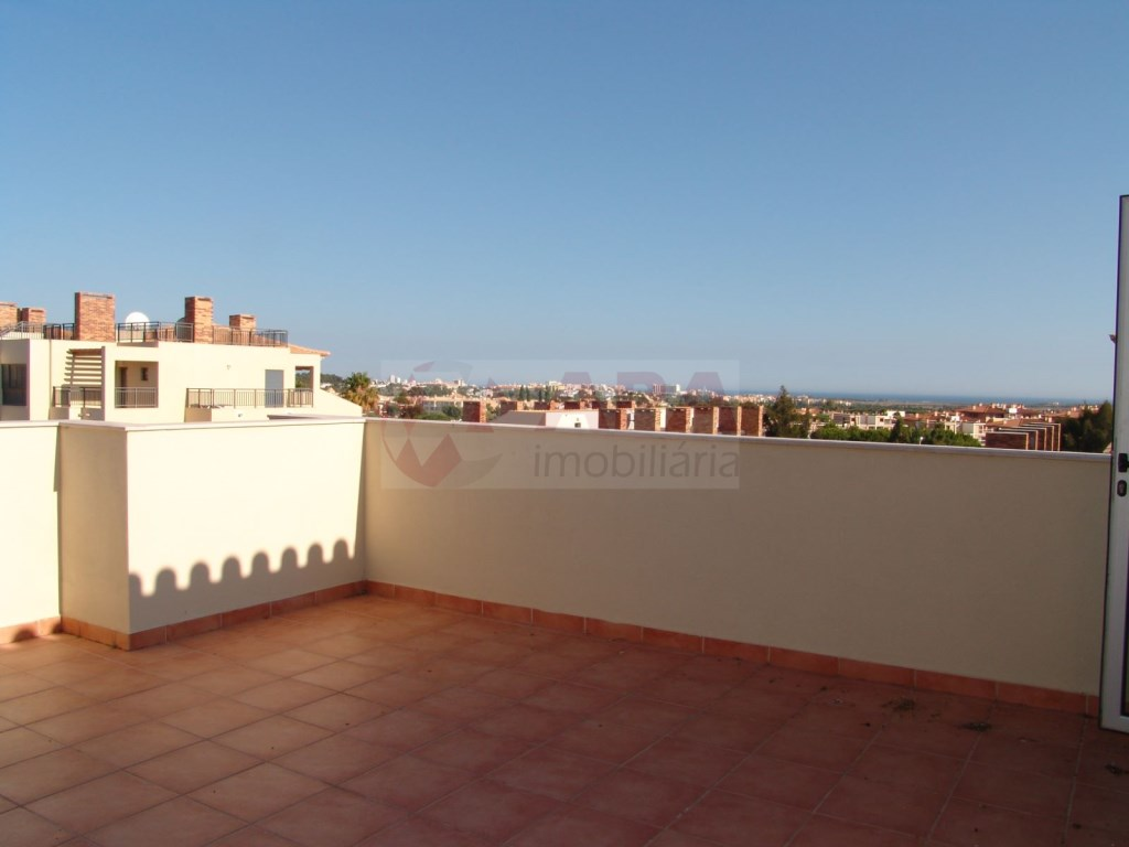 2 Bedrooms + 1 Interior Bedroom Terraced House in Vilamoura (23)
