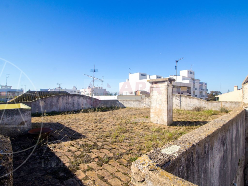 Bâtiment à Faro (34)