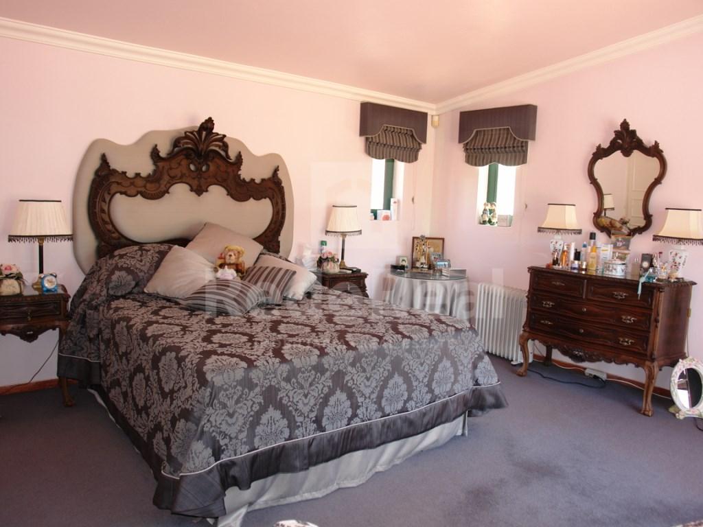 4 Bedroom Villa Vale do Lobo (26)