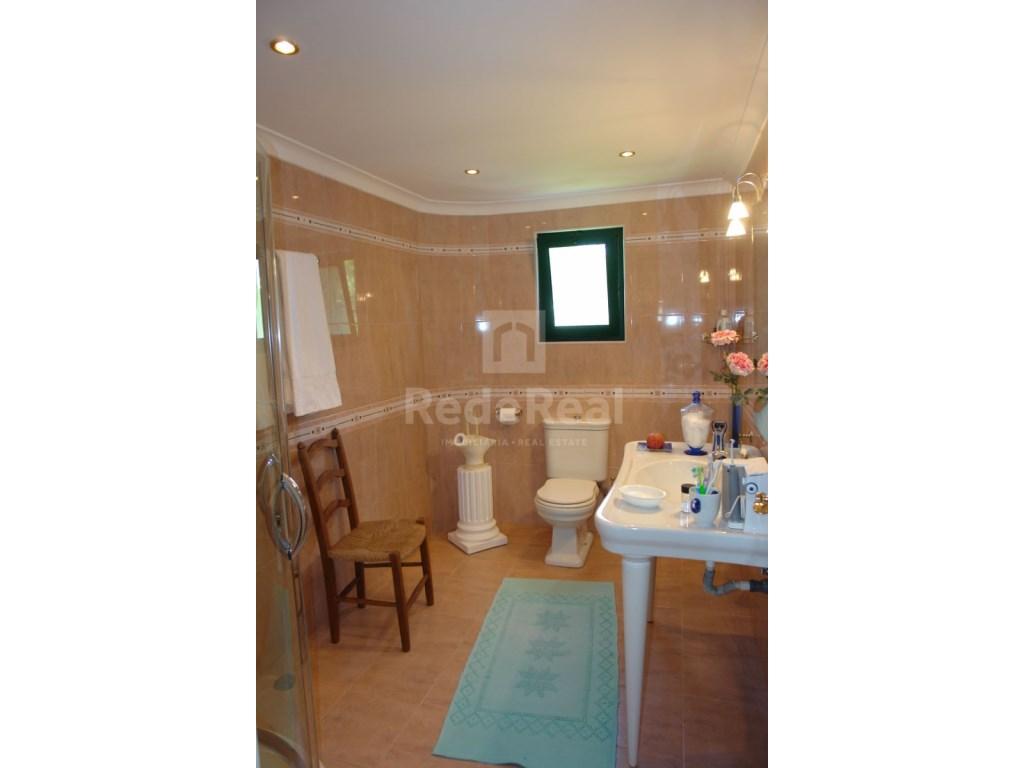 4 Bedroom Villa Vale do Lobo (29)