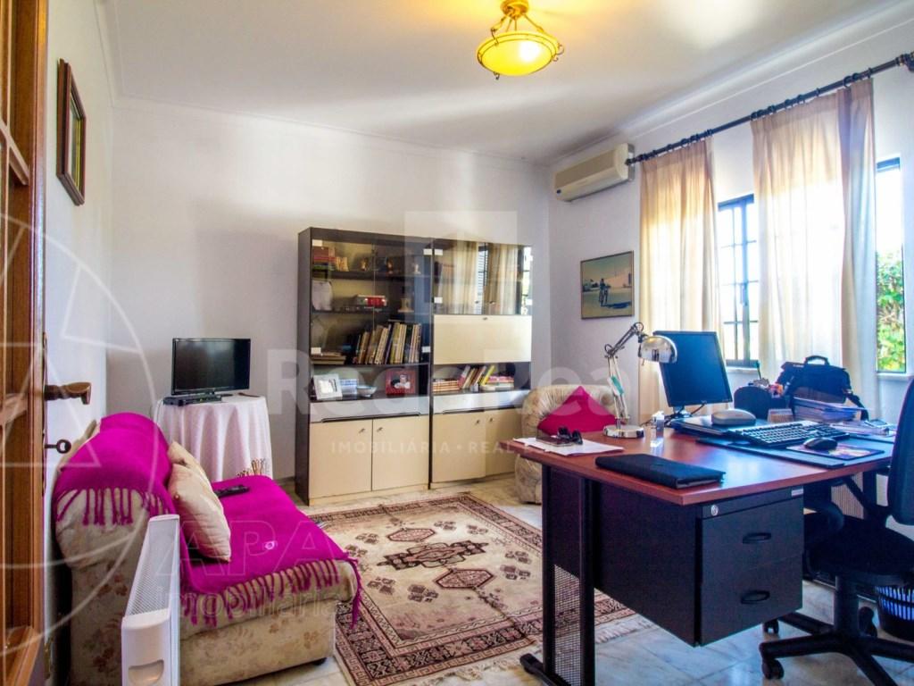 4 Bedroom House Quelfes (4)
