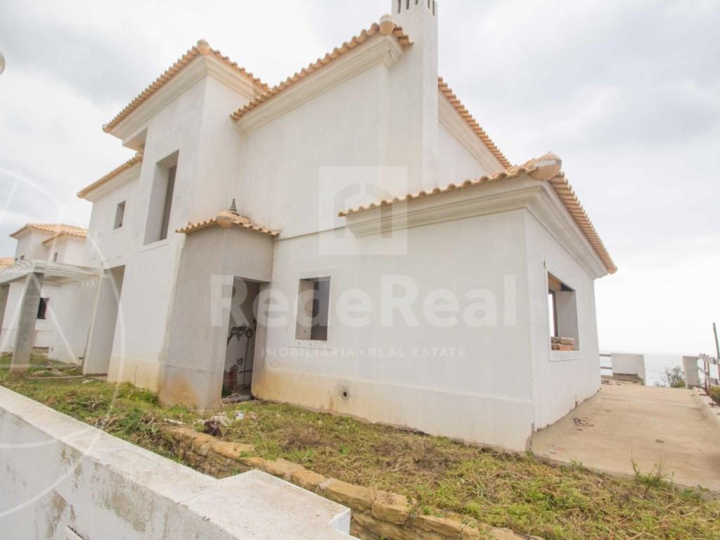 3 Bedrooms Detached House in  Luz  (4)