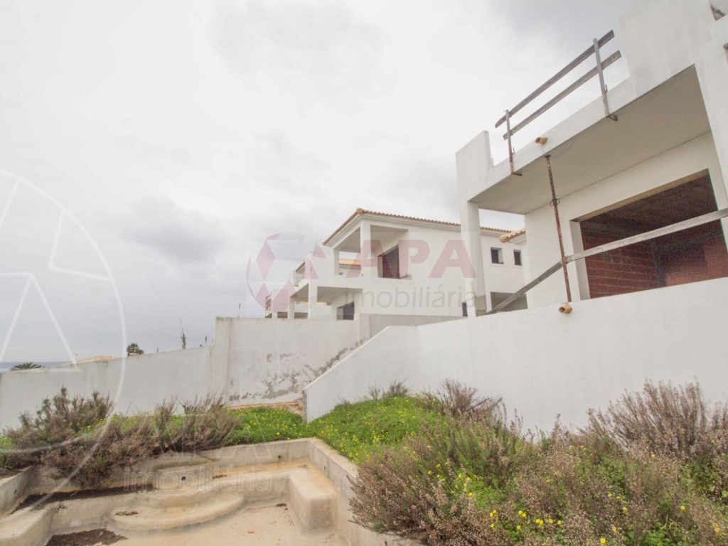 3 Bedrooms Detached House in  Luz  (7)