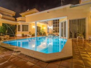 6 Pièces Villa Montenegro - Acheter