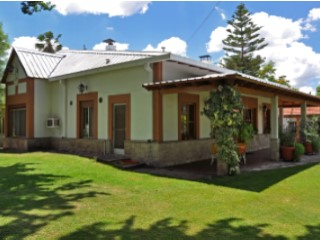 Casa en Av. El Libertador | 3 Dormitorios | 7WC