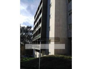 Apartamento T3+1 - Guimarães - Costa ( Junto ao complexo Vitoria Sport Clube ) | T3+1 | 2WC