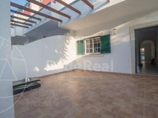 T3 Moradia Quelfes - Venda
