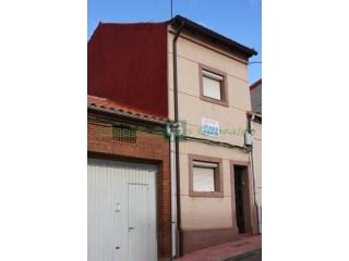 Casa › Benavente | 3 Habitaciones | 1WC