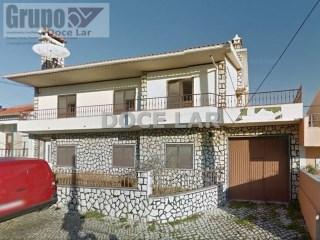 Imóvel de Banco - Apartamento 5 Assoalhadas em Vale Milhaços - Corroios   T4   2WC