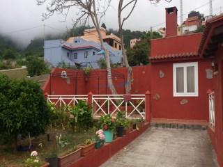 Casa con parcela 3 Habitaciones › La Orotava