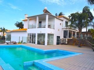 T4 Villa Albufeira e Olhos de Água - Venda