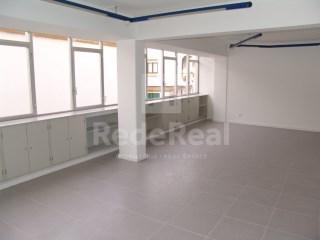 Office / Practice Faro (Sé e São Pedro) - To rent