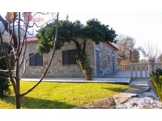Moradia T3 › Geraz do Lima (S.Maria, S.Leocádia, Moreira), Deão