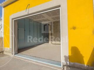3 Bedrooms Terraced House Faro (Sé e São Pedro) - For sale