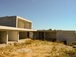 Moradia Isolada T4 › Achete, Azoia de Baixo e Póvoa de Santarém