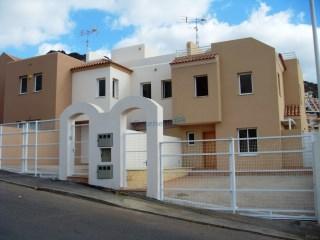 Vivienda adosada 4 Habitaciones › Costa Adeje