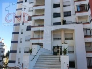 IMÓVEL DE BANCO 100% FINANCIADO Apartamento T3 na Tapada das Mercês 112.000 Euros   T3   1WC