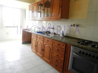 Apartamento T2 › Encosta do Sol