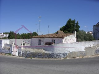 Casa Antiga  › Estremoz (Santa Maria e Santo André)