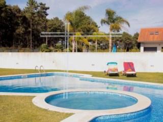 Moradia isolada V3, arquitetura contemporanea, com piscina - Verdizela | T3+2 | 5WC