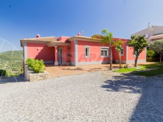 4 Bedrooms Villa Loulé (São Clemente) - For sale