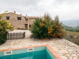 Restored farmhouse in the Horta de Sant Joan area | 3 Bedrooms