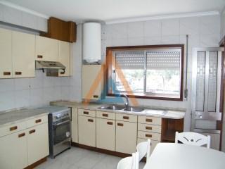 Apartamento  › Santa Maria da Feira, Travanca, Sanfins e Espargo