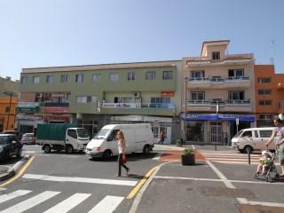Local 192m2 en San Isidro Centro  