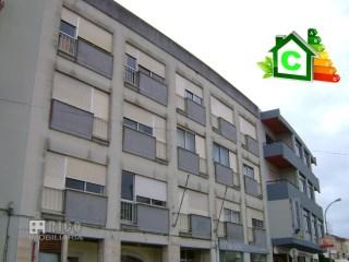 933A - Apartamento de 99m2 em Peniche | T2 | 2WC