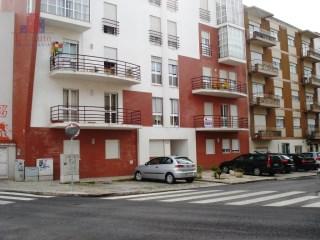 Apartamento T2 › Santo Onofre e Serra do Bouro