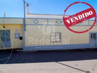 T5 Moradia Santa Bárbara de Nexe - Venda