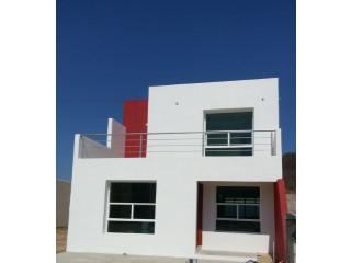 Casa minimalista en Real del Valle Coto 10 | 3 Habitaciones + 2 Estancias | 3WC