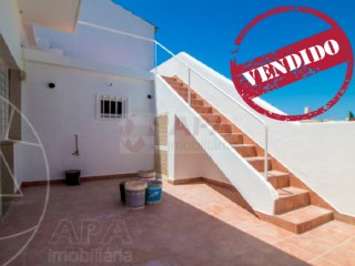 3 Bedrooms Old House Loulé (São Clemente) - For sale