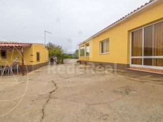 Moradia Faro (Sé e São Pedro) - Venda