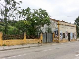 Casa Rústica para Restaurar, a 1 Hora de Lisboa e da Praia, Para Venda |