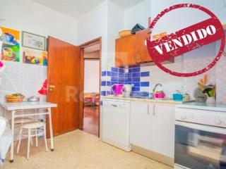 3 Bedrooms Apartment Faro (Sé e São Pedro) - For sale