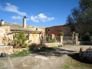 Finca de gran extensión en Es Rafal, Sant Jordi. | 4 Habitaciones | 1WC