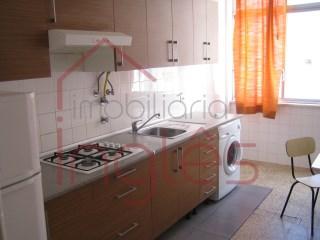 Apartamento T2 › Marvila, Ribeira Santarém, S.Salvador, S.Nicolau