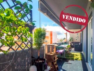 3 Pièces + 1 Chambre intérieur Appartement Montenegro - Acheter