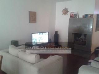 Apartamento T2+1 - Costa - Guimarães- Junto da zona do complexo Vitoria Sport Clube | T2+1