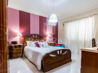 4 Pièces + 3 Chambres intérieures Maison Loulé (São Clemente) - Acheter
