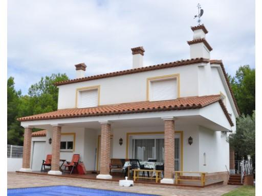 Casa Unifamiliar aislada en Les Tres Cales - Ametlla de Mar   4 Habitaciones + 2 Estancias