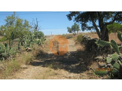 Terreno rustico com 8120m2 sito Alcoutim- Corte das Donas |