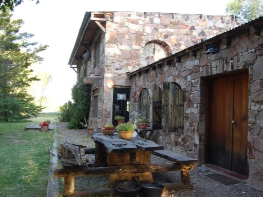 Casa Rural 3 Dormitorios › Cuadro Benegas