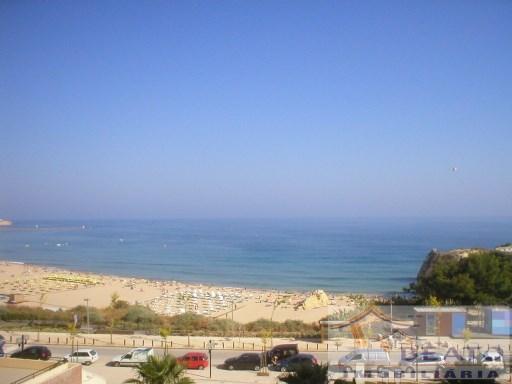 Vista Mar na Avenida Principal da Praia da Rocha | T2