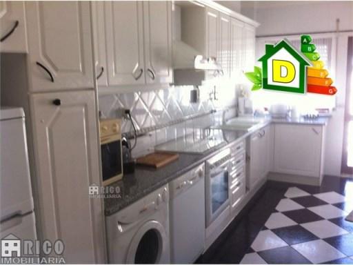 981A - Apartamento de 2 assoalhadas a 100m da Praia.