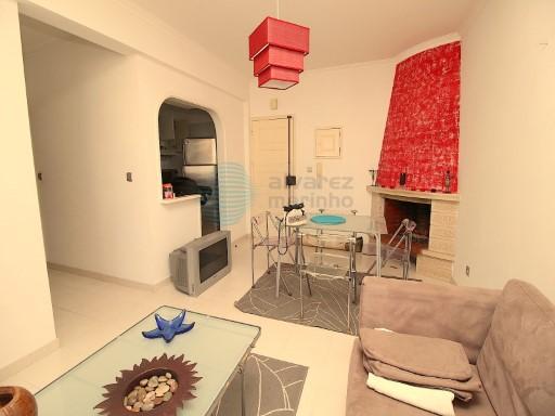 Apartamento T1 na Praia de Santa Cruz, em bom estado de conservação | T1 | 1WC