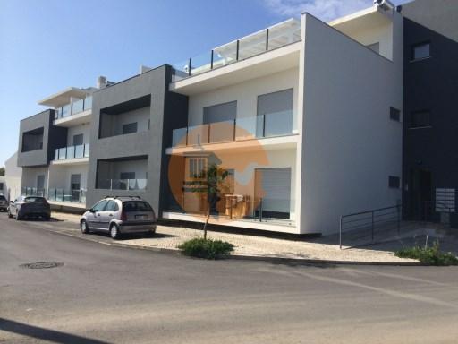 T2 a estrear com piscina privativa e parqueamento em Cabanas de  Tavira | T2