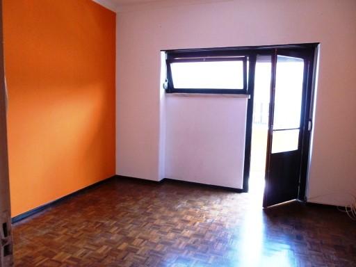 Apartamento de 3 assoalhadas com arrecadação, usado, no centro da Cidade. | T2 | 1WC